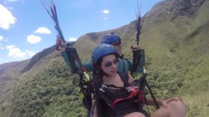 parapente topo do mundo com Fernanda.Still003